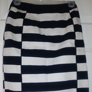 H&M Black and White Colorblock Skirt 4